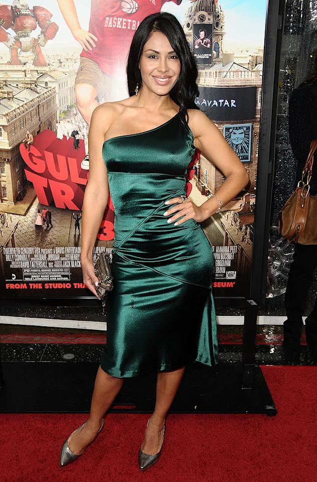 """<a href=""""http://movies.yahoo.com/movie/contributor/1809593093"""">Carla Ortiz</a> at the Los Angeles premiere of <a href=""""http://movies.yahoo.com/movie/1810107830/info"""">Gulliver's Travel</a> on December 18, 2010."""