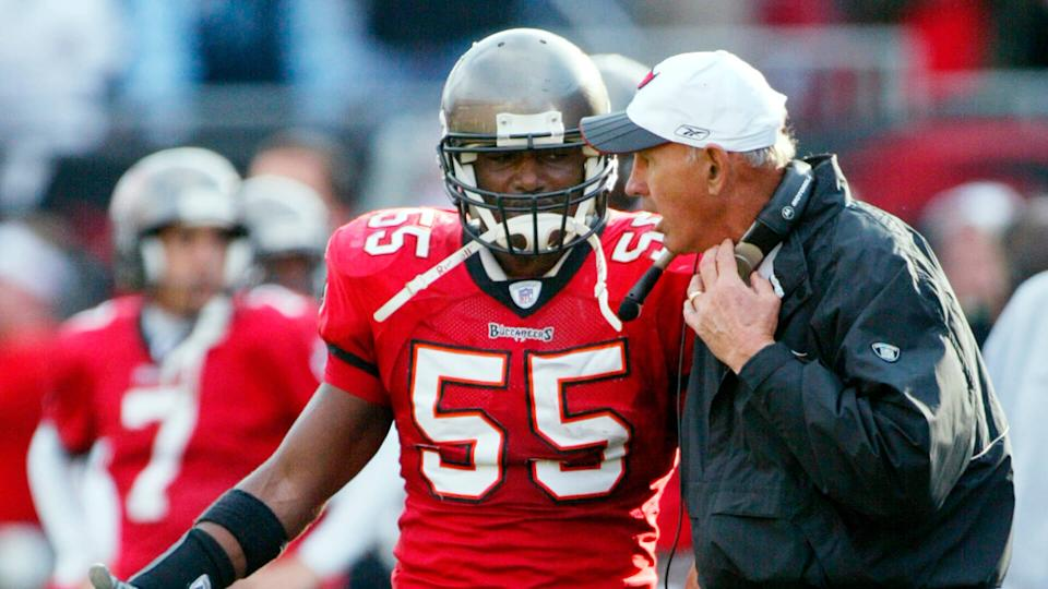 Mandatory Credit: Photo by Phil Coale/AP/Shutterstock (6437577a)BROOKS Tampa Bay Buccaneers linebacker Derrick Brooks speaks with defensive coordinator Monte Kiffin during their NFC divisional playoff game against the San Francisco 49ers in Tampa, FlaNFC BUCCANEERS 49ERS, TAMPA, USA.