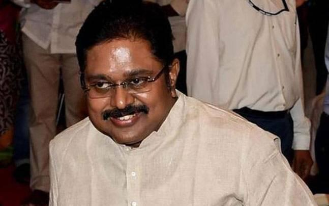 Dinakaran reaches Delhi, to appear before police in bribery case over 'two leaves' symbol
