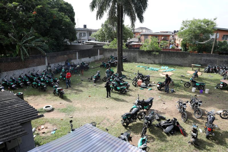 Crowded Lagos to ban motorbikes from most of Nigerian metropolis