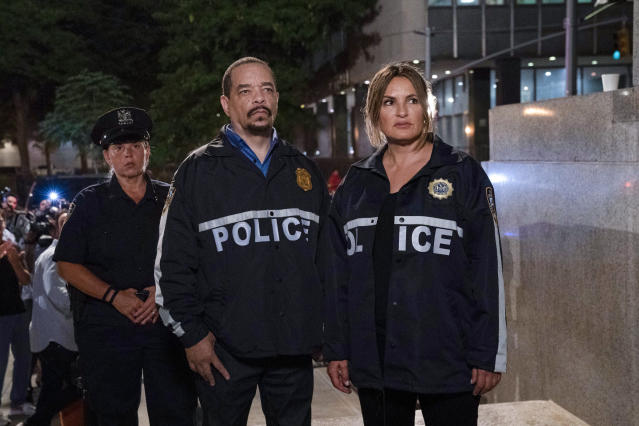 """This image released by NBC shows Ice T as Sergeant Odafin """"Fin"""" Tutuola, left, and Mariska Hargitay as Lieutenant Olivia Benson in a scene from """"Law & Order: SVU."""" The show's 21st season premieres on Sept. 26. (Photo by: Virginia Sherwood/NBC via AP)"""