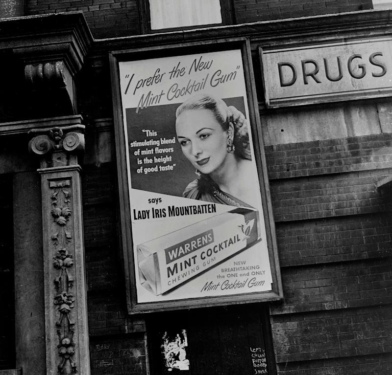 Lady Iris Mountbatten posed for this Warrens chewing gum advertisement, pictured in Toronto on July 23, 1947. (Photo: -/AFP via Getty Images)