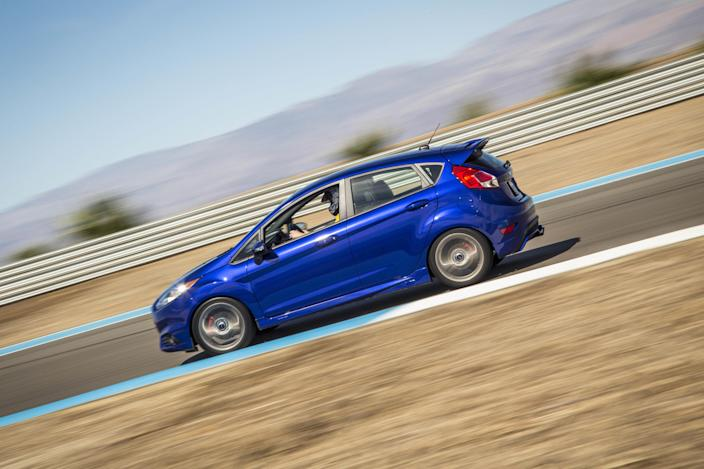 Ford Fiesta ST – 0-60 MPH: 7.0 Seconds