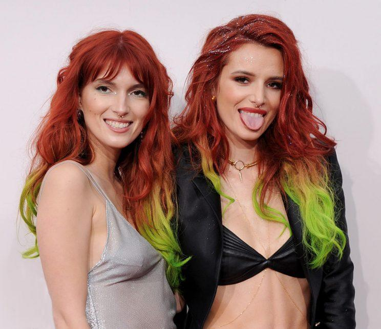 Bella Thorne And Her Sister Matched Their Hair On The Red Carpet