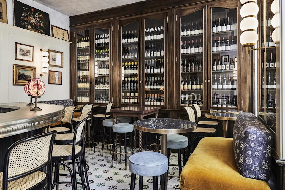 Planche, the cosy wine bar at The Hoxton, ParisThe Hoxton