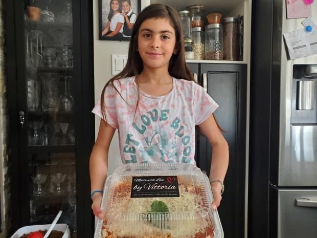 10-year-old Vittoria Pisano is baking one lasagna after another, all in an effort to help people with Alzheimer's, including her grandfather.  (Kwabena Oduro/CBC - image credit)