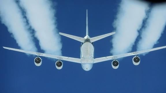 The DC-8 aircraft's four engines burned regular fuel or a mix of regular fuel and biofuel.