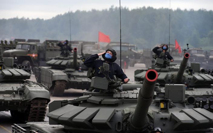 A servicemen of the tank troops is seen during a rehearsal for a military parade in St. Petersburg, Russia - NurPhoto
