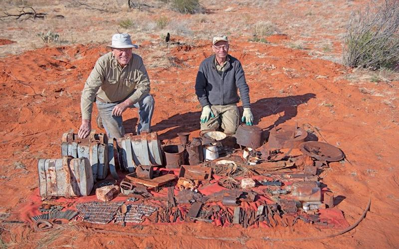 Larry Perkins and Brother Peter proudly show off their find - Peter Blakeman / Perkins Engineering