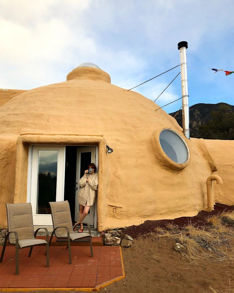 Woke up the first morning in Crestone, Colorado. Here I'm drinking my Golden Milk in this dome house at the foot of the mountain, with deers and bears as visitors.