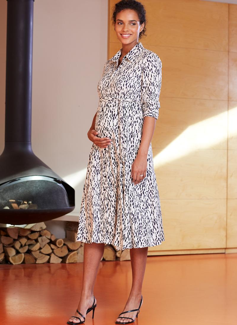 Isabella Oliver have launched a new Pre-Loved maternity wear initiative [Photo: SWNS/Isabella Oliver]