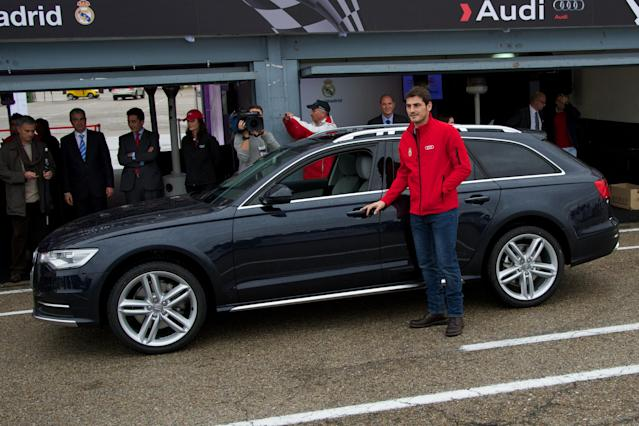 MADRID, SPAIN - NOVEMBER 08: Real Madrid player Iker Casillas receives a new Audi A6 Allroad at the Jarama racetrack on November 8, 2012 in Madrid, Spain. (Photo by Carlos Alvarez/Getty Images)