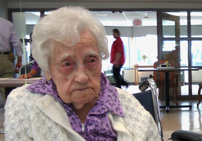 This April 4, 2012 photo family photo provided by Lori Logli shows her grandmother Dina Manfredini at her 115th birthday party in Johnston, Iowa. Mandredini, who inherited the title of worldís oldest person less than two weeks ago died Monday, Dec. 17, 2012 at age 115, Logli said. She did not elaborate on the cause of her grandmother's death.  Manfredini was born on April 4, 1897, in Italy, according to Guinness officials. She moved to the United States in 1920 and settled in Des Moines with her husband.  (AP Photo/Courtesy Lori Logli)