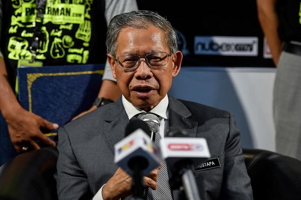 Minister in the Prime Minister's Department Datuk Seri Mustapa Mohamed said representatives from both countries will hold discussions soon to determine the compensation amount. ― Bernama pic