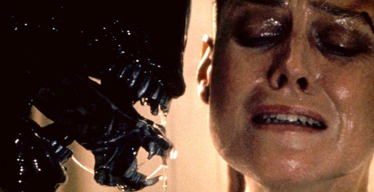 Weaver as Ripley and an out of frame Woodruff as the Alien in 'Alien 3' (Photo: Everett)<br>