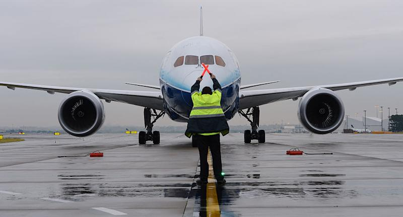 Boeing's 787 Dreamliner aircraft lands in Sydney in May 24, 2012 in Sydney, Australia. (Source: Getty)