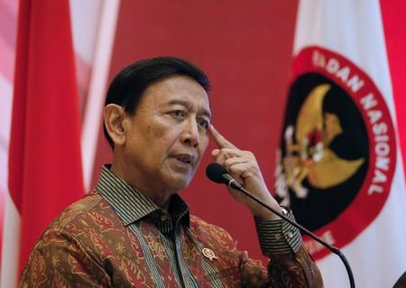 Indonesian minister stable after attack by suspected Islamic radical - police