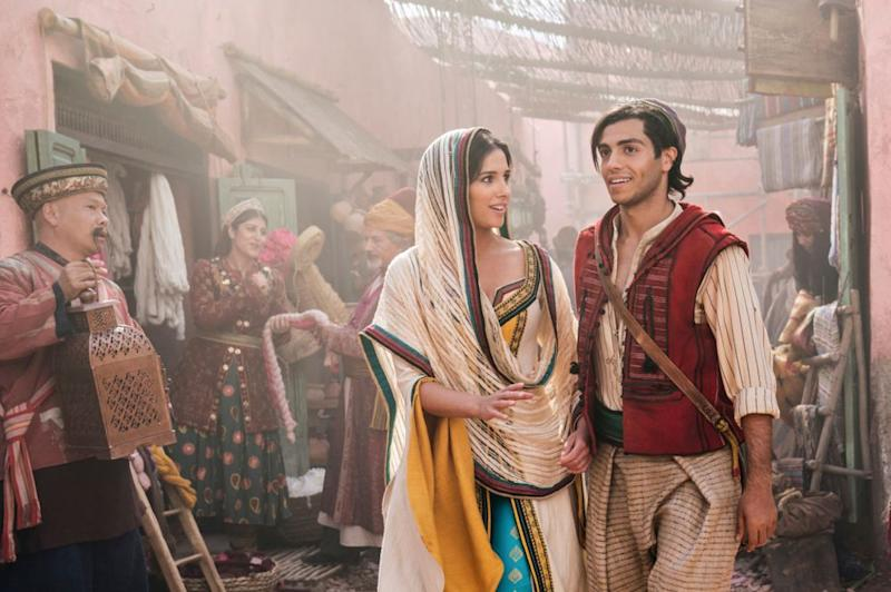 Naomi Scott and Mena Massoud in Aladdin | Netflix