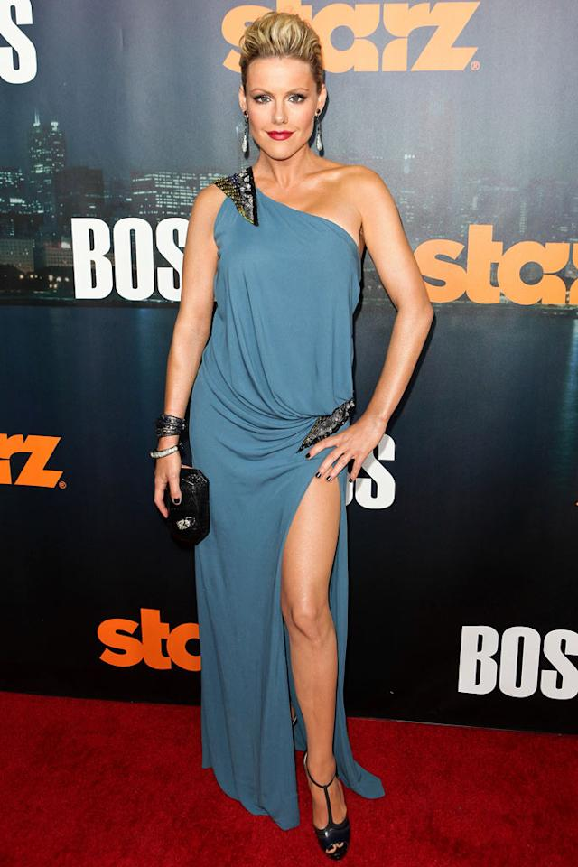 "<a href=""/kathleen-robertson/contributor/39502"">Kathleen Robertson</a> arrives at the premiere of Starz's ""<a href=""/boss/show/46953"">Boss</a>"" at ArcLight Cinemas on October 6, 2011 in Hollywood, California."