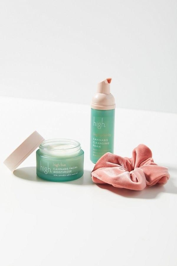 """For hemp oil lovers here's your new favorite skincare set and bonus points for the cute scrunchie! $40, Urban Outfitters. <a href=""""https://www.urbanoutfitters.com/shop/high-beauty-high-value-gift-set"""">Get it now!</a>"""