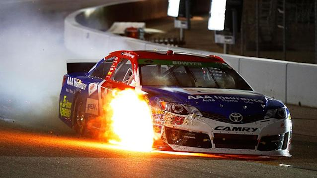 Clint Bowyer made contact with Kyle Larson on lap 1 and then finished last at Richmond