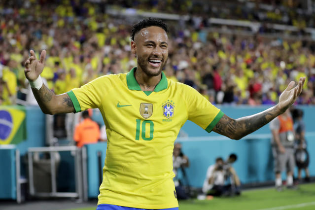Brazil forward Neymar (10) reacts after making a corner kick for an assist on a goal scored by Casemiro during the first half of a friendly soccer match against Colombia, Friday, Sept. 6, 2019, in Miami Gardens, Fla. (AP Photo/Lynne Sladky)