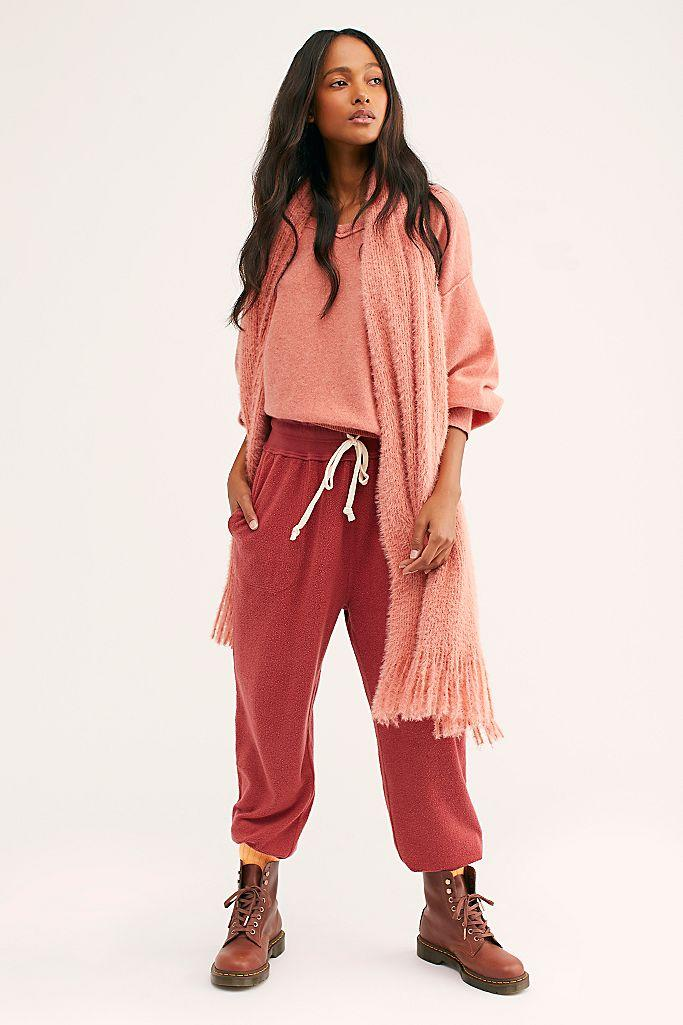 Slouch Jogger in Rosey Red