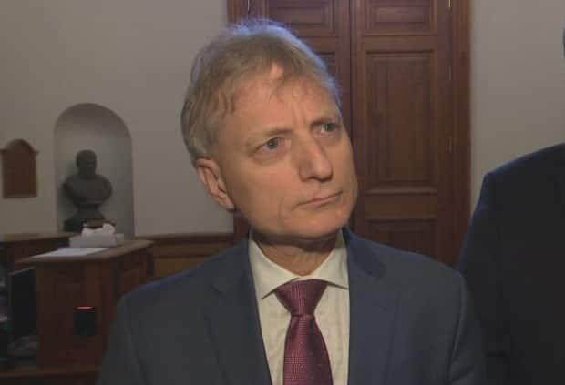 Liberal Leader Roger Melanson said it was bad judgment on the premier's part to send a letter to the EUB about Irving Oil's application.