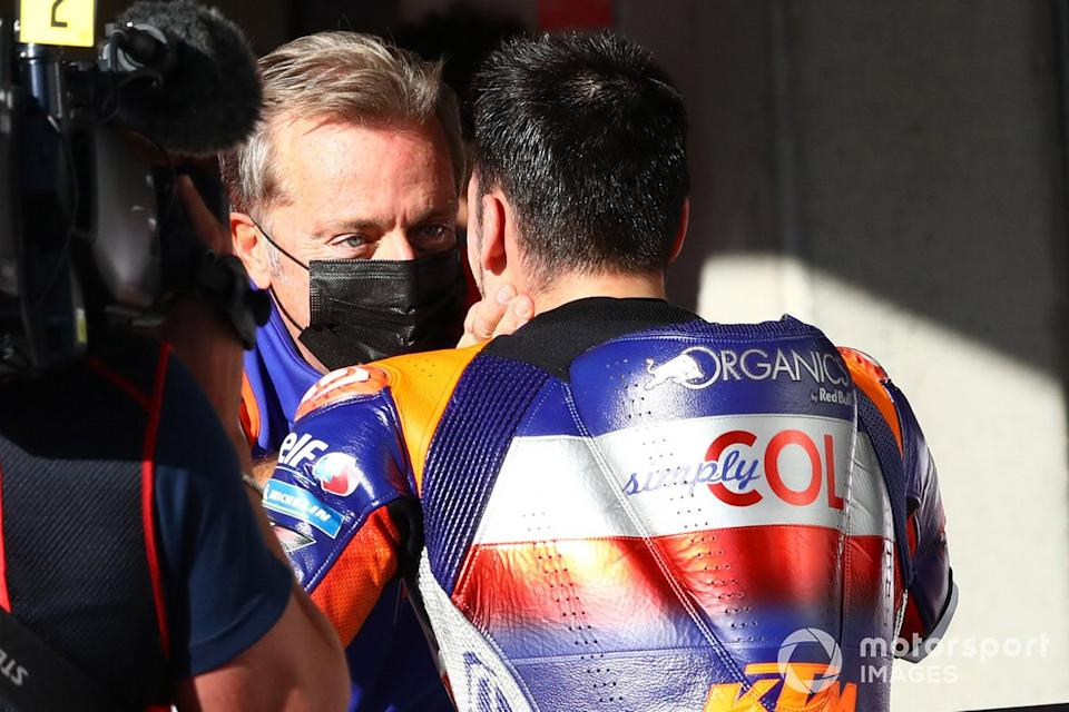 """Herve Poncharal, Miguel Oliveira, Red Bull KTM Tech 3<span class=""""copyright"""">Gold and Goose / Motorsport Images</span>"""