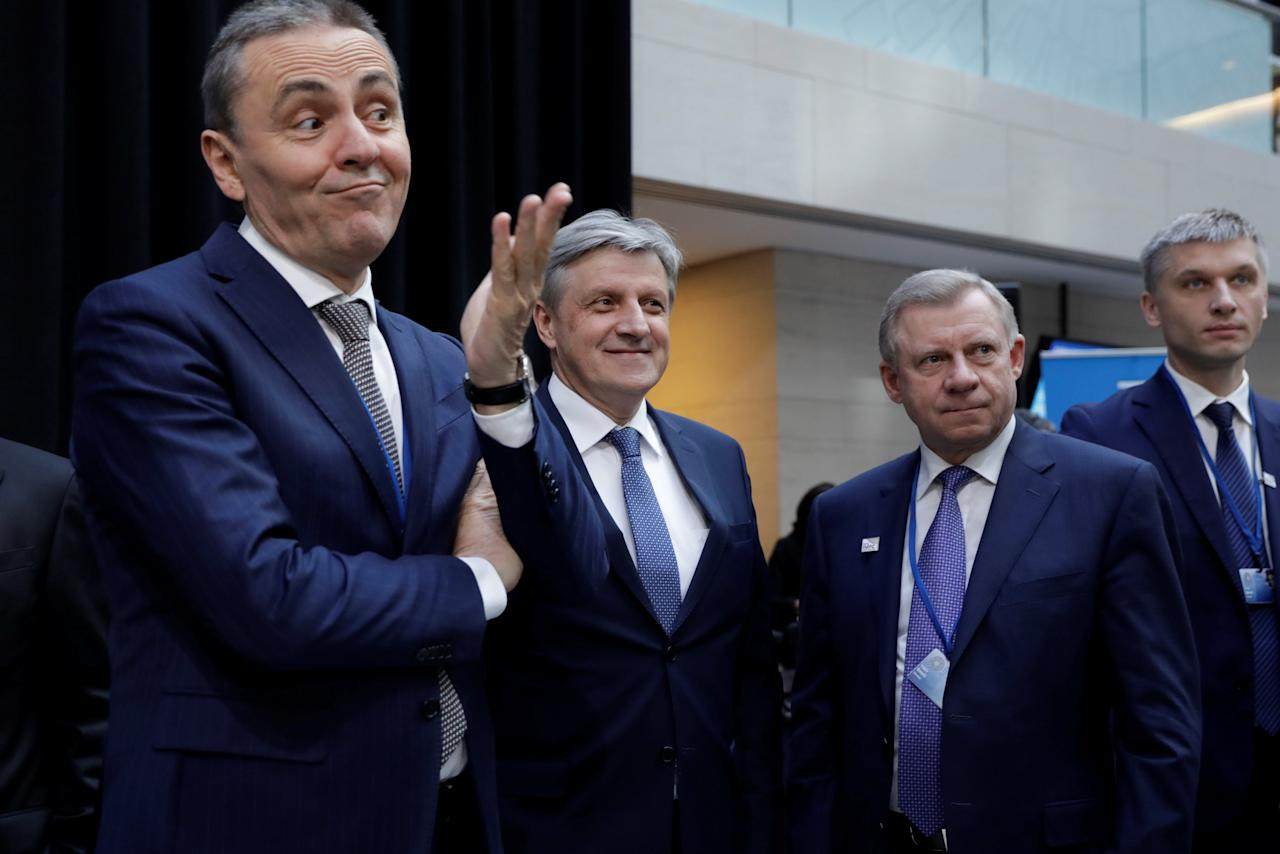 REFILE - ADDING INFORMATION Senad Softic, Governor of Central Bank of Bosnia and Herzegovina (C) and Ukrainian Central Bank Governor Yakiv Smoliy (2nd R) wait for International Monetary Fund Governors family photo during the IMF/World Bank spring meeting in Washington, U.S., April 21, 2018. REUTERS/Yuri Gripas