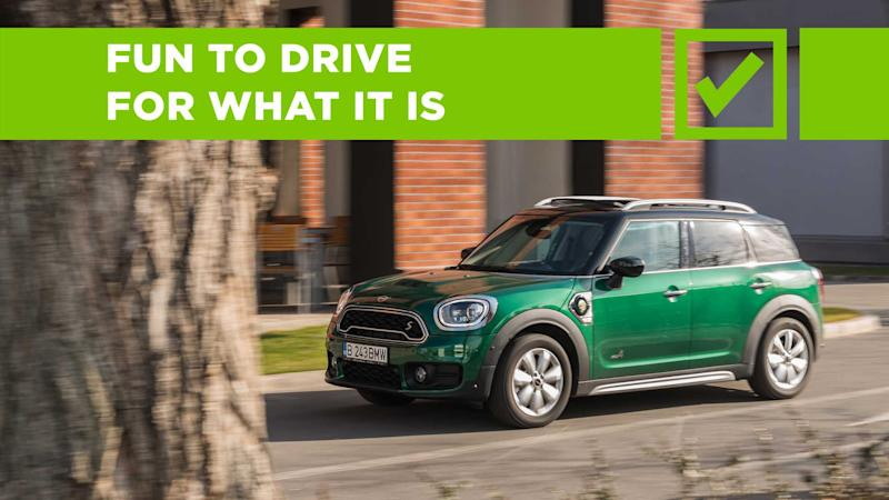 MINI Cooper Countryman S E All4 Pros and Cons