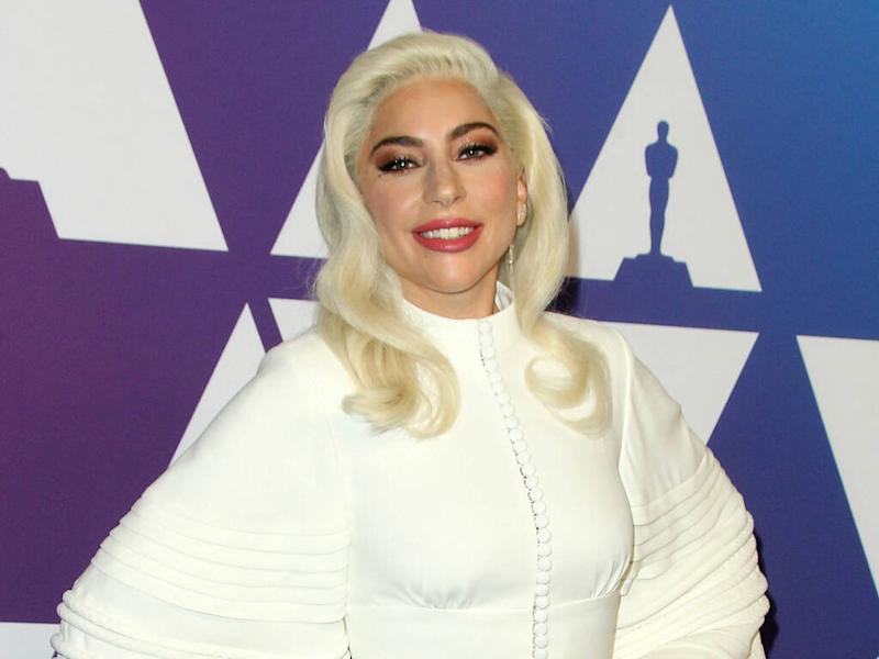 Lady Gaga's make-up and Sarah Jessica Parker's backpack make Oprah's Favorite Things list
