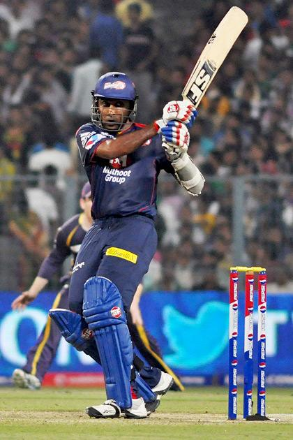 Delhi captain Mahela Jayawardene in action during the match between KKR and DD at Eden Gardens in Kolkata on April 3, 2013. (Photo: IANS)