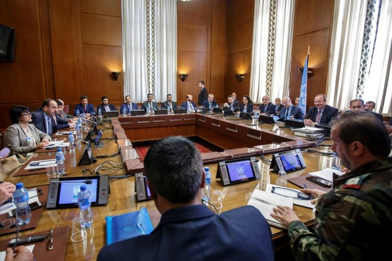 Syria talks on constitutional issues begin