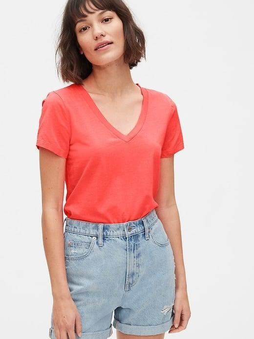 <p>While we - and thousands of reviewers - love this <span>Gap Vintage Wash V-Neck T-Shirt</span> ($8-$15, originally $20), our crew can't forget the crewneck <span>Gap Vintage Wash T-Shirt</span> ($10-$15, originally $20), too.</p>