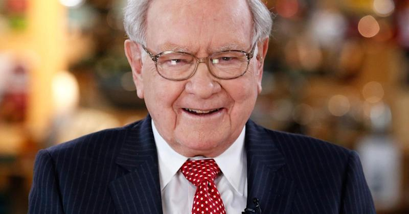 5 daily habits that help Warren Buffett and other business leaders stay successful