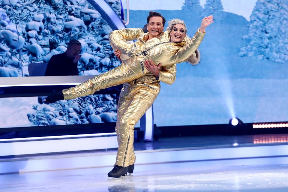 Editorial use only  Mandatory Credit: Photo by Matt Frost/ITV/Shutterstock (11722193dy)  Graham Bell - Skating to 'Pop Looks Bach'  'Dancing On Ice' TV show, Series 13, Episode 2, Hertfordshire, UK - 24 Jan 2021