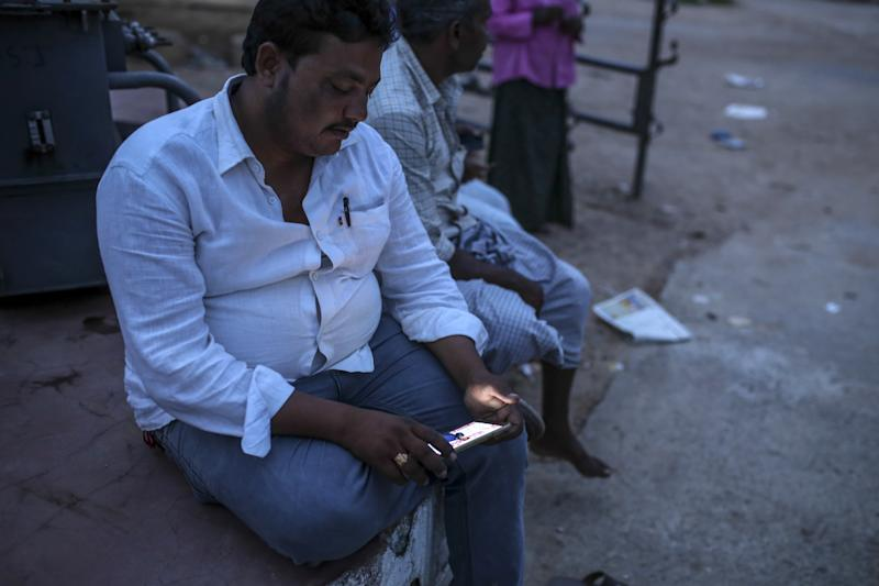 India's Reliance Communications' Unit Files for Bankruptcy