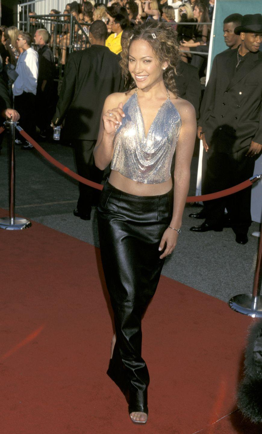 <p><strong>When: </strong>May 1998</p><p><strong>Where: </strong>The MTV Music Awards</p><p><strong>Wearing: </strong>Versace</p>