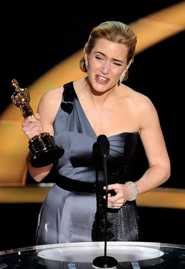 Kate Winslet accepts her Oscar for <i>The Reader</i> in 2009. (Photo: Kevin Winter/Getty Images)