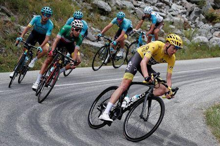 Cycling - The 104th Tour de France cycling race - The 183-km Stage 17 from La Mure to Serre-Chevalier, France - July 19, 2017 - Team Sky rider and yellow jersey Chris Froome of Britain in action. REUTERS/Benoit Tessier