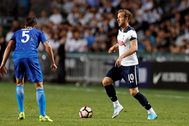 Football Soccer - Jockey Club Kitchee Centre Challenge Cup - Kitchee v Tottenham Hotspur - Hong Kong, China - 26/5/17 - Hotspur's Harry Kane (R) in action. REUTERS/Bobby Yip