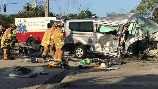 PHOTO: Vero Beach police and Indian River County Fire Rescue responded to a crash at the base of the Barber Bridge on Jan. 15, 2020, in Vero Beach, FLa. (Treasure Coast News/USA Today Network via Imagn)