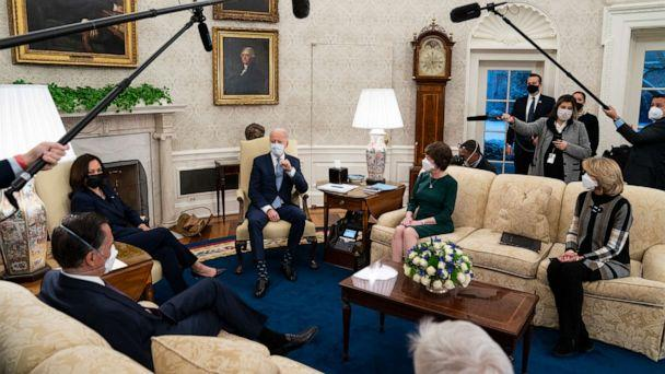 PHOTO: President Joe Biden meets Republican lawmakers to discuss a coronavirus relief package, in the Oval Office, Feb. 1, 2021. (Evan Vucci/AP)