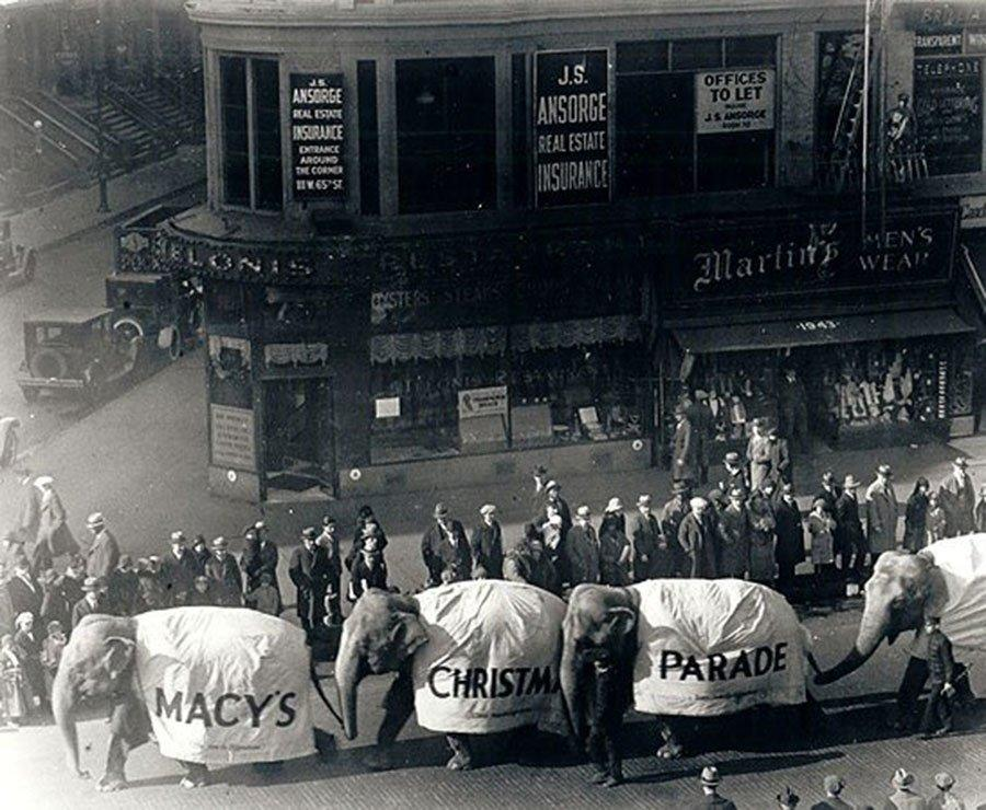 Thanksgiving Throwback: 13 Iconic Photos of the Macy's Parade