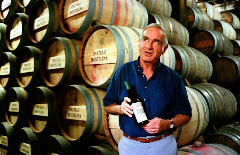 Jim Barrett, influential California vintner, dies