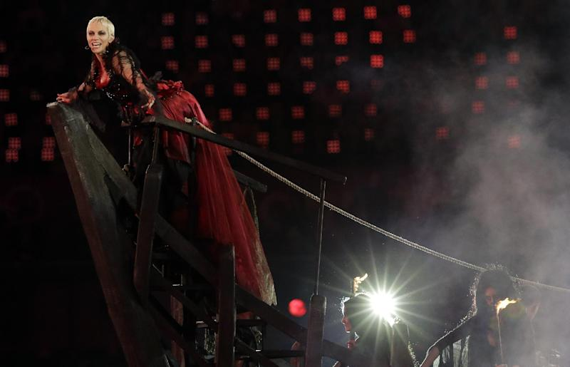 Annie Lennox performs during the Closing Ceremony at the 2012 Summer Olympics, Sunday, Aug. 12, 2012, in London. (AP Photo/Charlie Riedel)