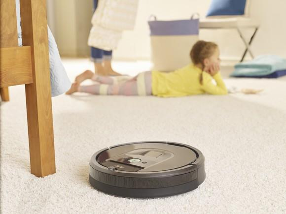 iRobot Roomba 980 cleaning carpet in a home