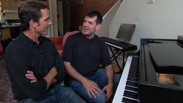 Musician Teaches Vets to Play With Pink Floyd Frontman