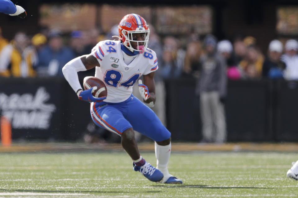 Florida tight end Kyle Pitts is too big to be covered by most defensive backs, and he can leave linebackers in his dust. (AP Photo/Jeff Roberson)